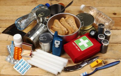 10 Items You Need to Have in a Storm Emergency Kit